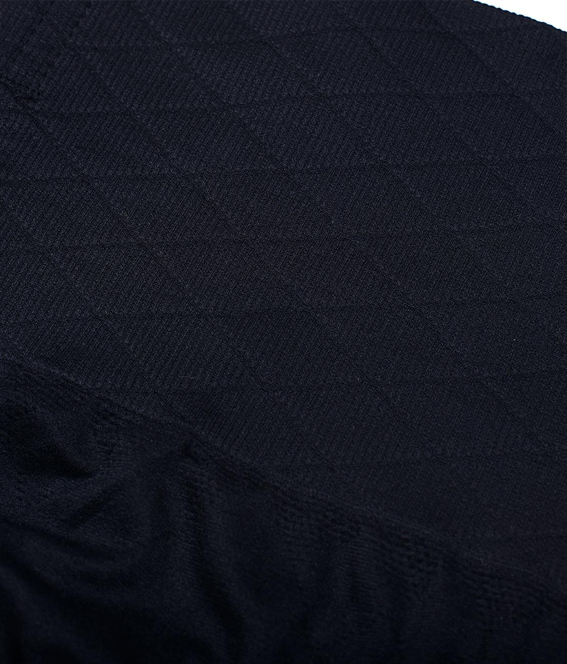 String Amincissant Noir Packshot Detail 2 bis