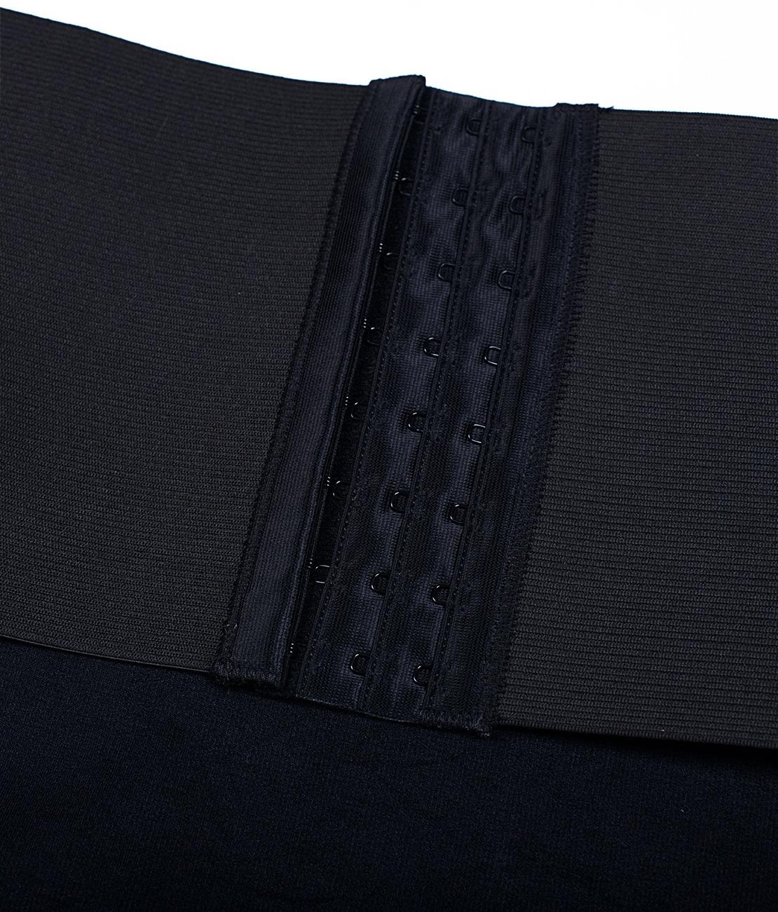 String Sculptant Noir Detail 1
