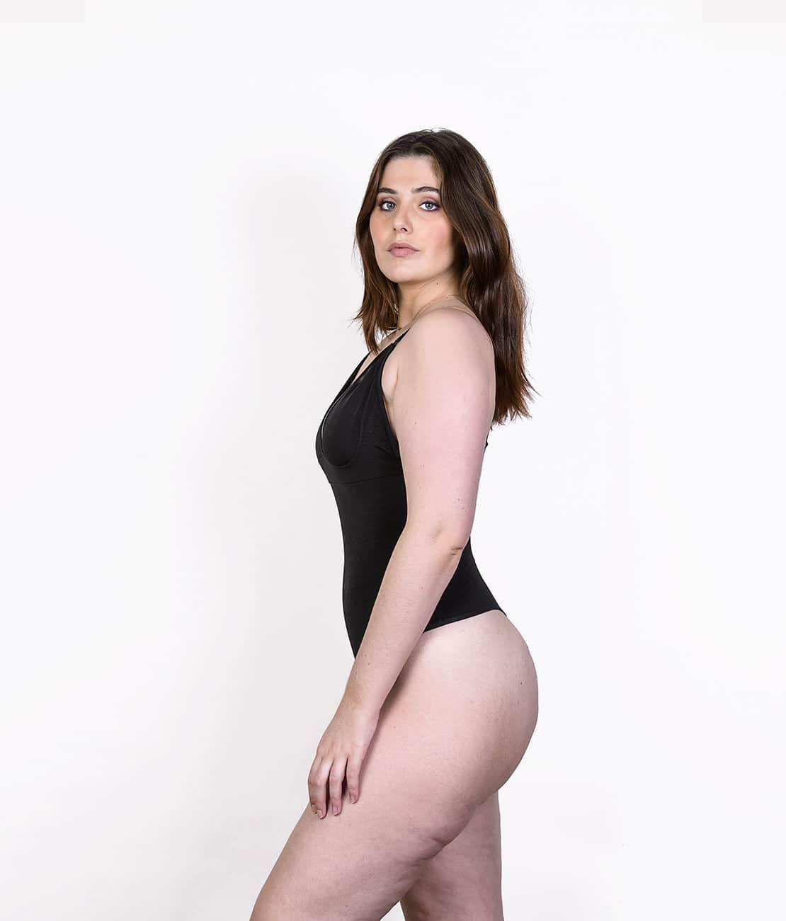 Body String Femme Noir Profil